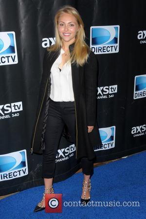 AnnaSophia Robb - DirecTV Super Saturday Night - Red Carpet Arrivals - Manhattan, New York, United States - Saturday 1st...