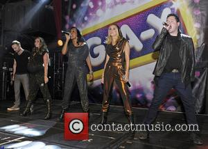 Kevin Simm, Jessica Taylor, Michelle Heaton, Tony Lundon, Kelli Young and Liberty X
