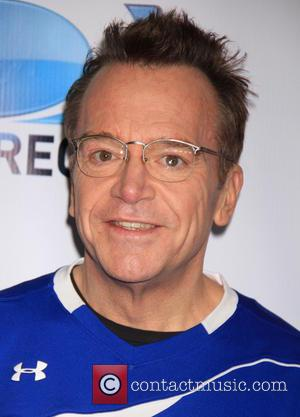 Tom Arnold - DirecTV's 8th Annual Celebrity Beach Bowl held at Pier 40 - Arrivals - New York City, New...