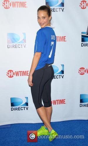 Hannah Davis - DirecTV's 8th Annual Celebrity Beach Bowl held at Pier 40 - Arrivals - New York City, New...