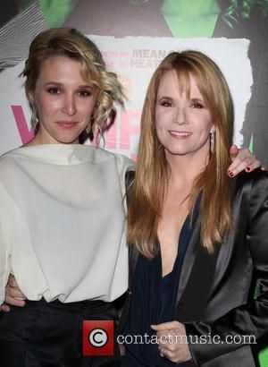Madelyn Deutch and Lea Thompson