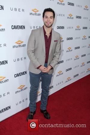 Skylar Astin - Los Angeles premiere of 'Cavemen' held at the ArcLight Hollywood - Los Angeles, California, United States -...