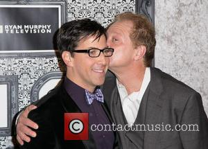 Dan Bucatinsky and Jeff Perry - Family Equality Council's Annual Los Angeles Awards Dinner at The Globe Theatre - Arrivals...