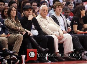 Billy Crystal, Tommy Lasorda and Janice Crystal