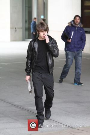 Jake Bugg - Jake Bugg seen leaving BBC House after The Andrew Marr Show. - London, United Kingdom - Sunday...