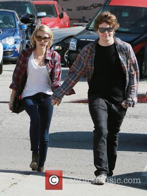Emma Roberts and Evan Peters