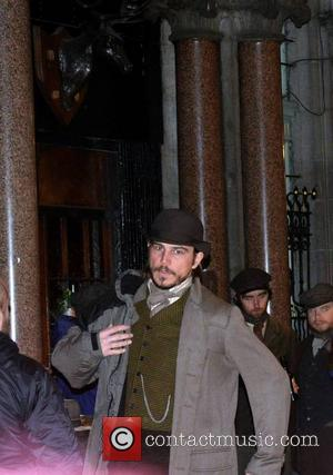 Josh Hartnett - Actor Josh Hartnett on the set of Showtime produced TV series 'Penny Dreadful' shooting on Dame Lane......
