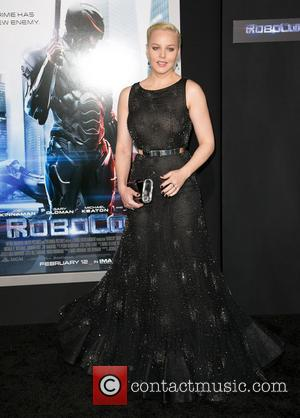 Abbie Cornish - Los Angeles premiere of Columbia Pictures 'RoboCop' at TCL Chinese Theatre - Arrivals - Los Angeles, California,...