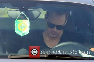 Alexander Skarsgard - Alexander Skarsgard leaving Sushi Roku in West Hollywood after dining out for lunch - Los Angeles, California,...