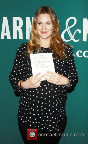 Drew Barrymore - Feb. 10, 2014:Drew Barrymore signing her new book Find It in Everything at  the Union Square...