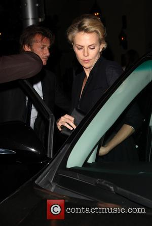 Sean Penn and Charlize Theron - Charlize Theron and Sean Penn leaving a restaurant together after a charity dinner -...