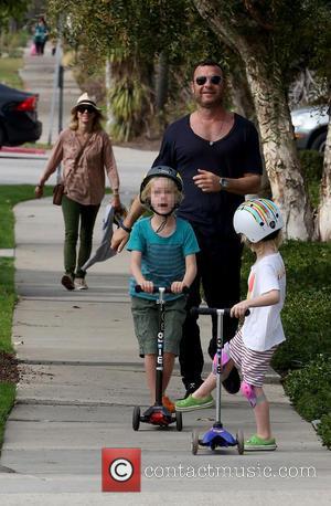 Naomi Watts, Liev Schreiber, Alexander Schreiber and Samuel Schreiber - Naomi Watts and Liev Schreiber take their sons out on...