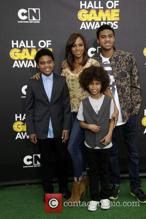 Holly Robinson Peete and family