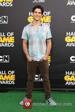 Tyler Posey - Cartoon Network's Hall of Game Awards at The Barker Hangar - Arrivals - Los Angeles, California, United...