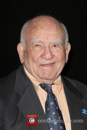 Ed Asner - The Annual Make-Up Artists And Hair Stylists Guild Awards - Hollywood, California, United States - Sunday 16th...
