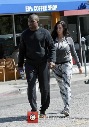 Reggie Bush and Lilit Avagyan - Reggie Bush and girlfriend Lilit Avagyan out having lunch in West Hollywood - Los...