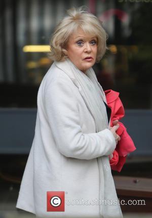 Sherrie Hewson - Sherrie Hewson outside the ITV studios - London, United Kingdom - Wednesday 19th February 2014