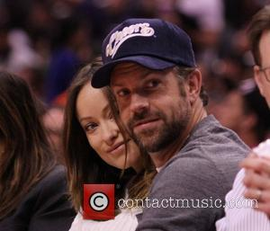 Jason Sudeikis and Olivia Wilde - Celebrities at the Los Angeles Clippers v San Antonio Spurs NBA basketball game held...