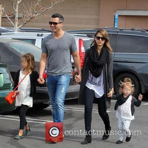 Jessica Alba, Cash Warren, Haven Warren and Honor Warren