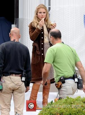 Rose McIver - Heather Graham spotted wearing a nurse outfit for her new movie