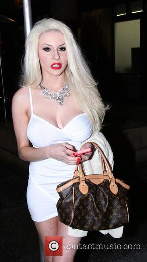 Courtney Stodden - Brits in LA present The 7th Annual TOSCARS Awards Show - Arrivals - Hollywood, California, United States...