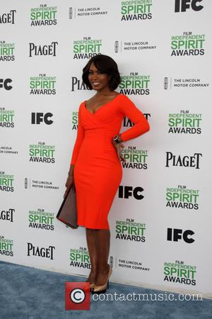 Angela Bassett - 2014 Film Independent Spirit Awards Arrivals celebrating independent films and their filmmakers - Santa Monica, California, United...