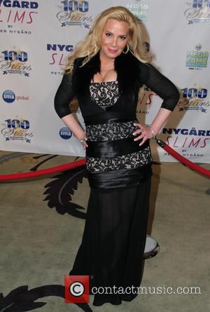 Cindy Margolis - Norby Walters' 24nd Annual Night Of 100 Stars Oscar Viewing Gala held at Beverly Hills Hotel -...