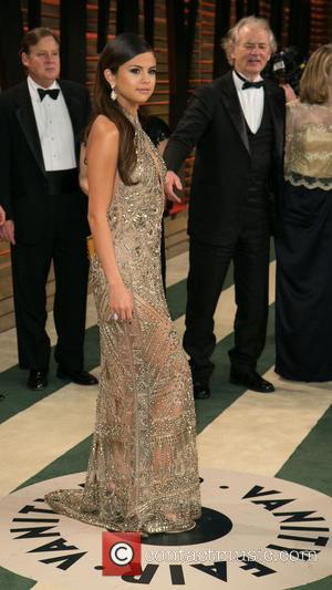 Selena Gomez and Bill Murray - 2014 Vanity Fair Oscar Party held at Sunset Tower in West Hollywood - Arrivals...