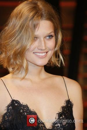 Toni Garrn - Celebrities attend 2014 Vanity Fair Oscar Party at Sunset Plaza. - Los Angeles, United States - Sunday...