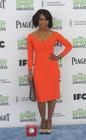 Angela Bassett - The 2014 Film Independent Spirit Awards arrivals - Los Angeles, California, United States - Sunday 2nd March...