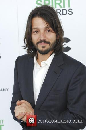 Diego Luna - The 2014 Film Independent Spirit Awards arrivals - Los Angeles, California, United States - Sunday 2nd March...