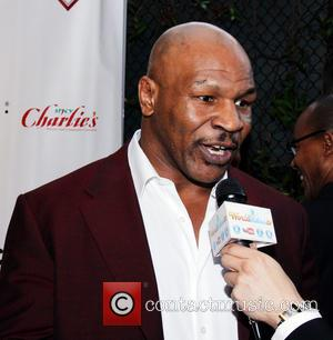 Mike Tyson - The 15th Annual Children Uniting Nations Gala held at Warner Bros. Estate - Arrivals - Beverly Hills,...