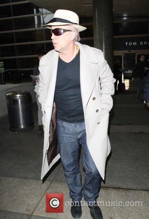 Nicolas Cage - Nicolas Cage at Los Angeles International Airport (LAX) - Los Angeles, California, United States - Wednesday 5th...