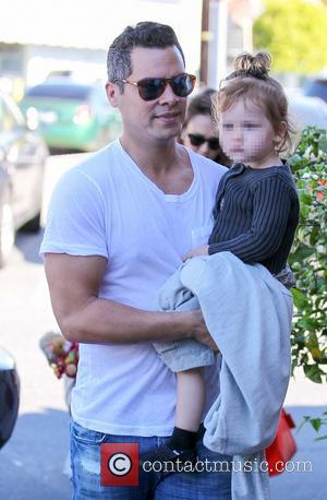Cash Warren and Haven Warren - Jessica Alba and husband Cash Warren take their daughters out to brunch at Brentwood...