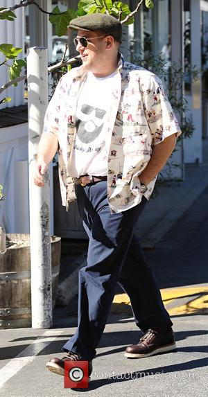 Jonah Hill - Jonah Hill leaves Brentwood Mart after having lunch with a friend - Los Angeles, California, United States...