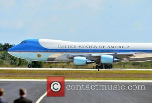 Barack Obama, Air Force One and Michelle Obama