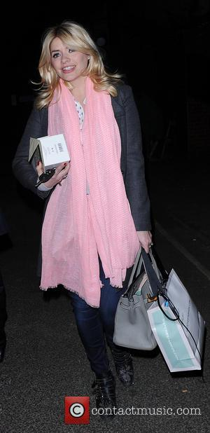 Holly Willoughby - Holly Willoughby pictured leaving riverside studios in london after filming celeb juice. - London, United Kingdom -...