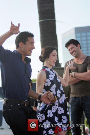 Mario Lopez, Meryl Davis and Maksim Chmerkovskiy - Dancing with the Stars celebrities appear on 'Extra' at Universal Studios -...