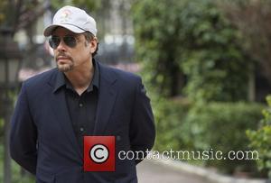 Benicio Del Toro - 'A Perfect Day' Madrid photocall at Casa de America - Madrid, Spain - Friday 14th March...