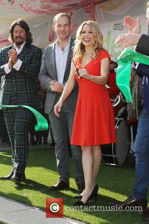 Atmosphere, Laurence Llewelyn-bowen and Melinda Messenger