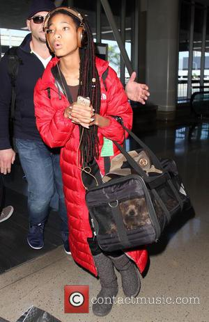 Willow Smith - Willow Smith arrives at Los Angeles International (LAX) airport - Los Angeles, California, United States - Friday...