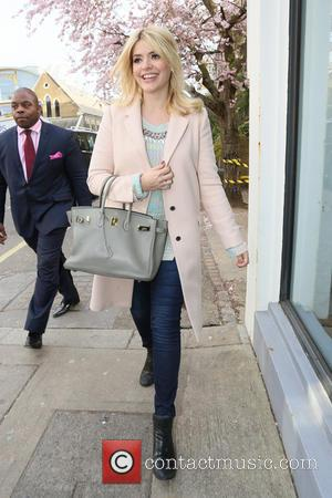 Holly Willoughby - Holly Willoughby and Fearne Cotton arrive at Riverside studios for Celebrity Juice filming - London, United Kingdom...