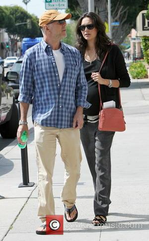 Bruce Willis and Emma Heming - Bruce Willis and his pregnant wife Emma Heming stop at a medical building in...