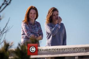 Kristen Stewart and Julianne Moore