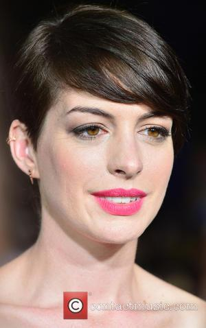 Anne Hathaway Describes How Fame