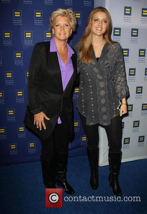 Meredith Baxter and Mollie Birney - Human Rights Campaign Los Angeles Gala Dinner - Arrivals - Los Angeles, California, United...