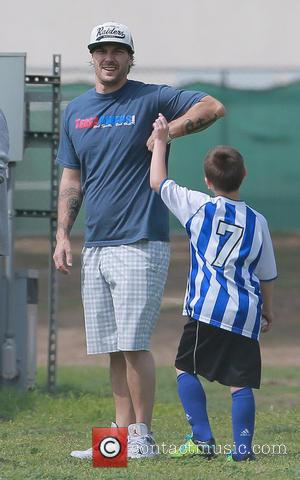 Kevin Federline and Victoria Prince - Kevin Federline and pregnant wife, Victoria Prince,  watch his son's soccer game -...