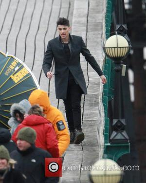 Zayn Malik - 1 Direction shoot a music video on Clevedon pier - Clevedon Avon, United Kingdom - Monday 24th...