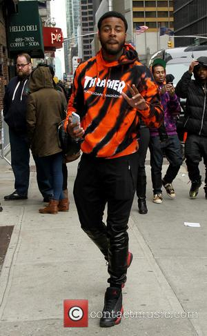 Sage the Gemini - Celebrities outside the Ed Sullivan Theater as they arrive for the Late Show with David Letterman...