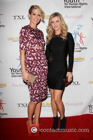 Jenna Elfman and Joanna Krupa - Youth for Human Rights International (YHRI) Celebrity Benefit at Beso Restaurant - Hollywood, California,...